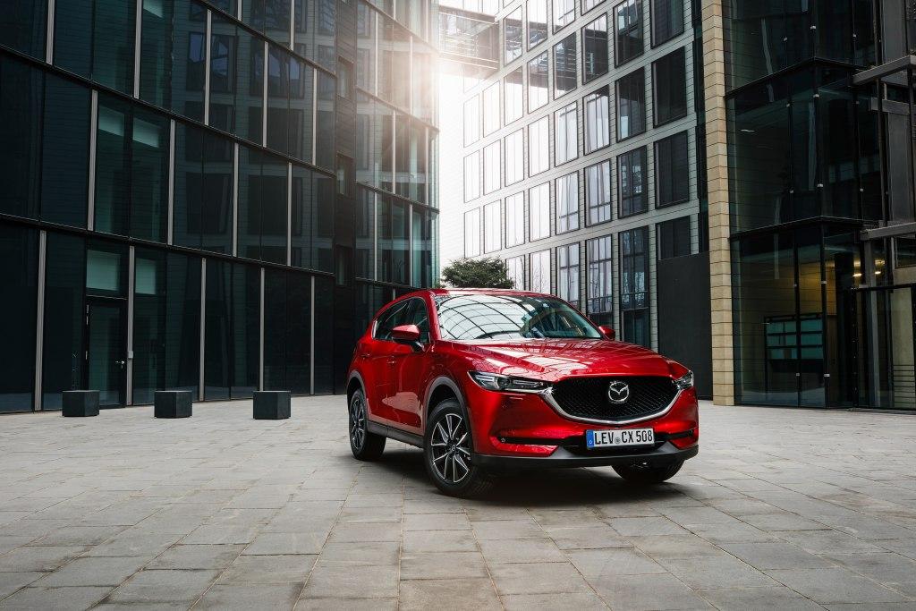 Mazda планирует отказаться от производства CX-5. Кросс ждет новое имя и кузов: первые фото CX-50