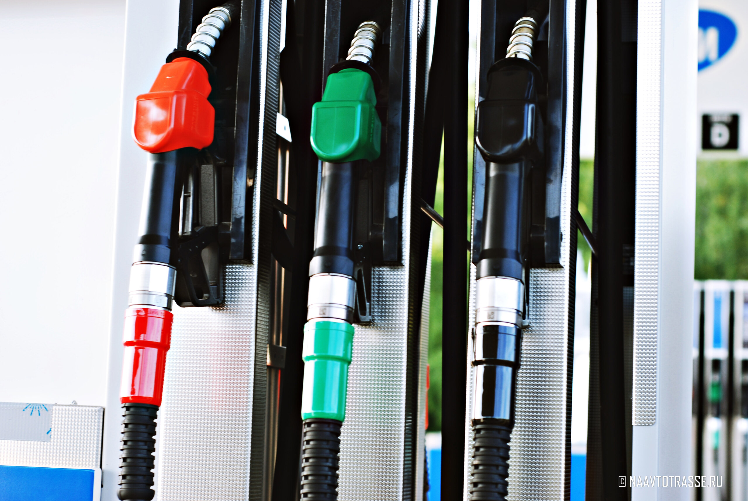 Что необходимо сделать, чтобы существенно снизить расход топлива своего автомобиле?