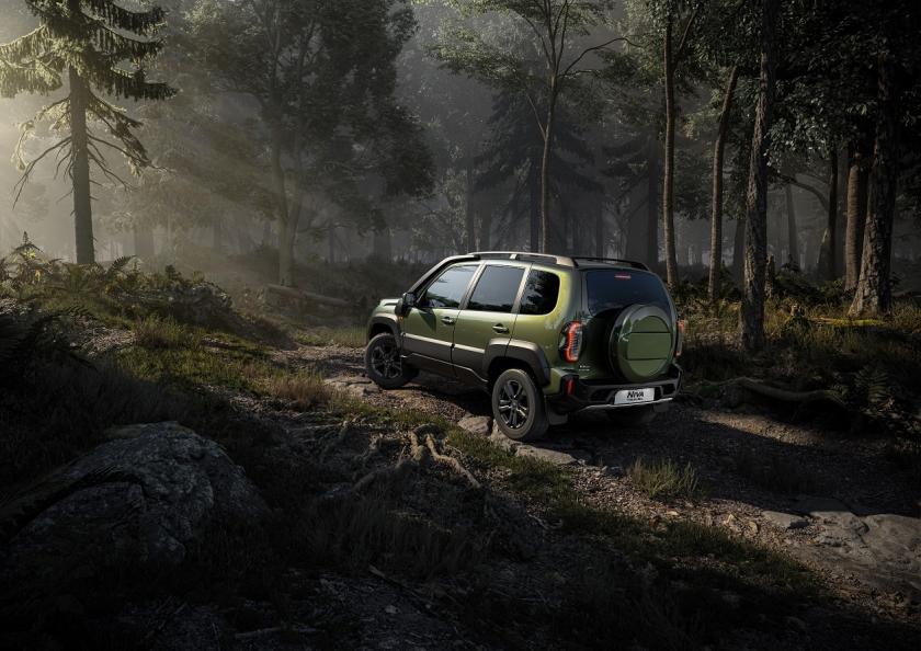 Официально: «АвтоВАЗ» рассекретил сроки появления новых Vesta, Granta, Largus и Niva на российском рынке
