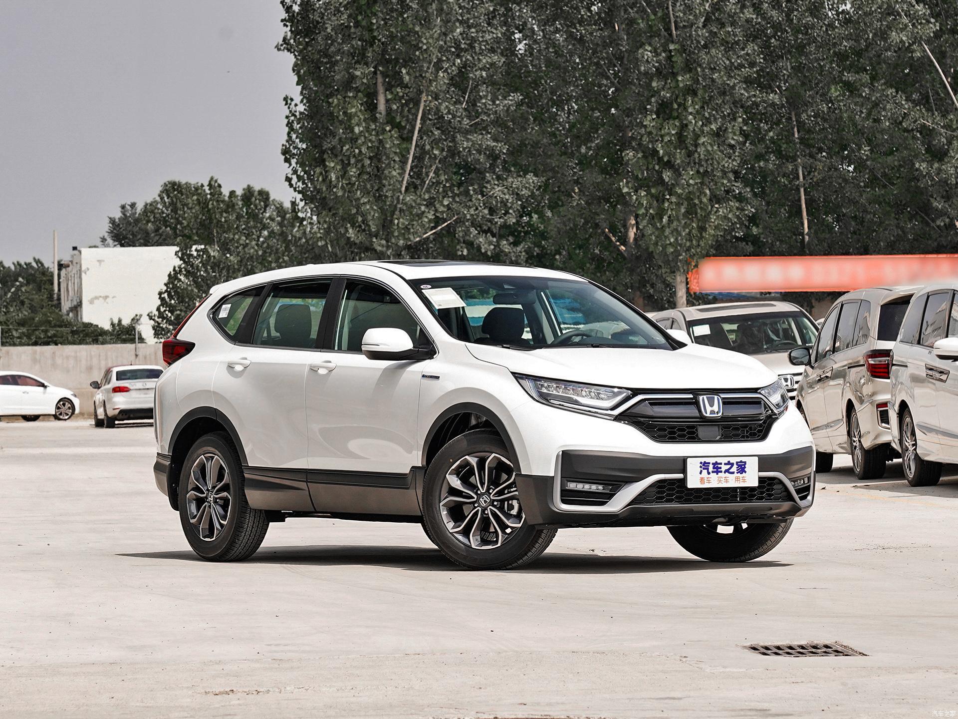 Honda CR-V стала самым экономичным кроссовером: на рынок выходит модель с новым силовым агрегатом